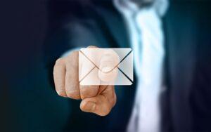 email empleado